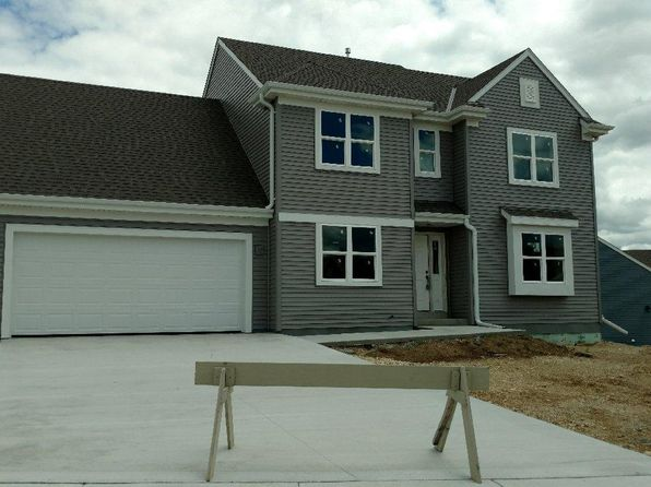 4 bed 2.5 bath Single Family at 1568 Whitewater Dr West Bend, WI, 53095 is for sale at 279k - google static map