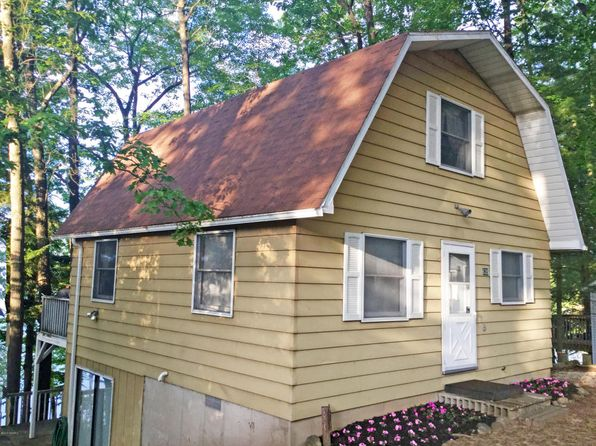 3 bed 1 bath Single Family at 635 W Lincoln Ave White Cloud, MI, 49349 is for sale at 155k - 1 of 29