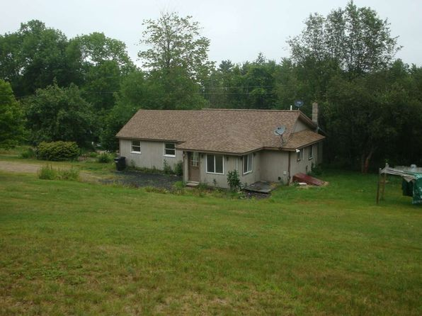2 bed 1 bath Single Family at 196 Bullocks Crossing Rd Grafton, NH, 03240 is for sale at 135k - 1 of 27