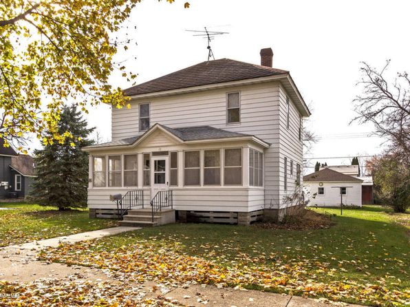 3 bed 2 bath Single Family at 15 Fillmore St NE Chatfield, MN, 55923 is for sale at 100k - 1 of 17
