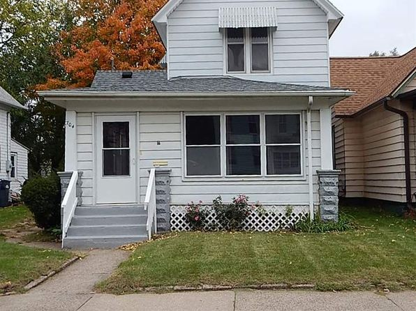 3 bed 1 bath Single Family at 704 9th Ave S Clinton, IA, 52732 is for sale at 35k - 1 of 16
