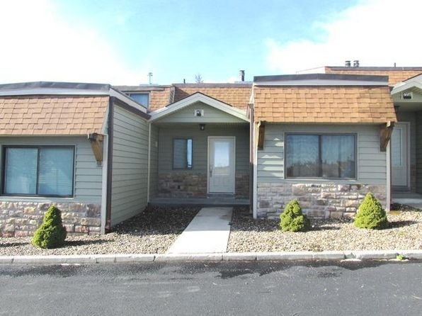 4 bed 3 bath Single Family at 76 Shamrock Snowshoe, WV, 26209 is for sale at 160k - 1 of 33