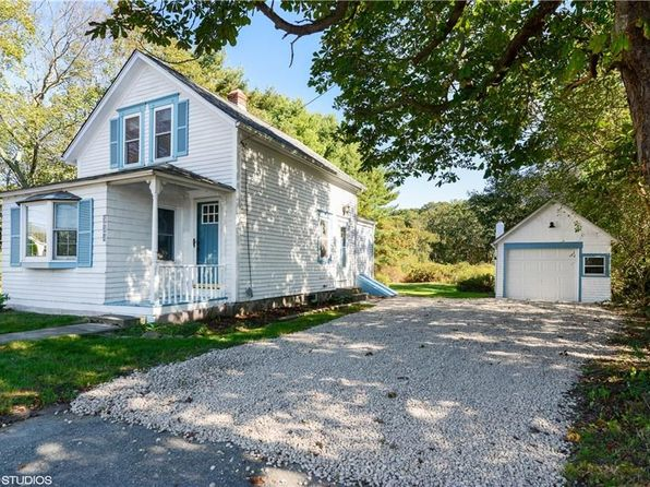 2 bed 1 bath Single Family at 580 Point Judith Rd Narragansett, RI, 02882 is for sale at 290k - 1 of 15