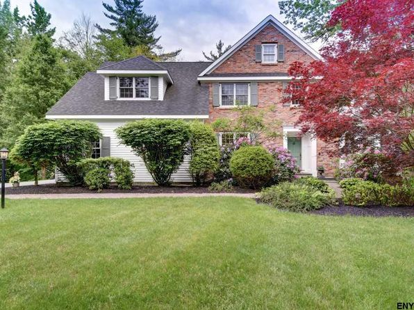4 bed 2.1 bath Single Family at 101 Blockhouse Creek Ct Albany, NY, 12203 is for sale at 485k - 1 of 23