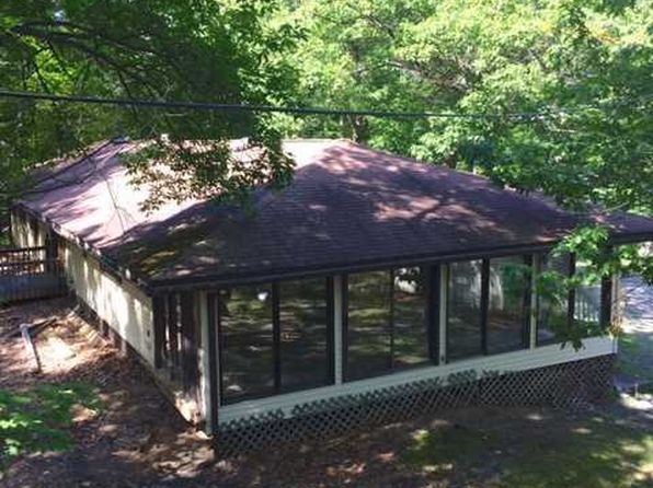 6 bed 3 bath Single Family at 41 Old Farm Rd Rhinebeck, NY, 12572 is for sale at 220k - 1 of 11