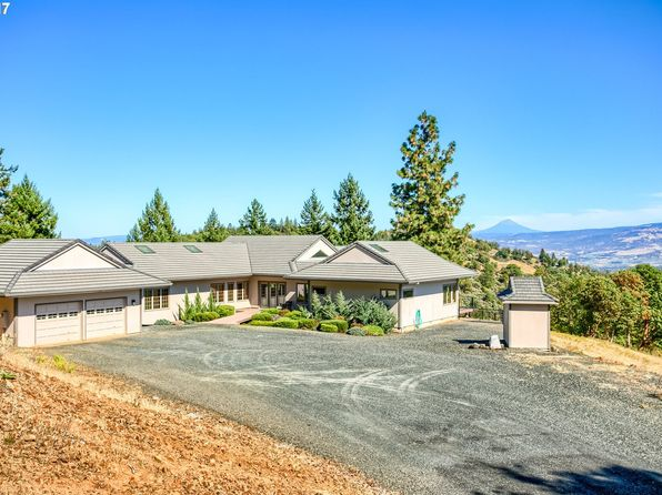 3 bed 3 bath Single Family at 5253 W Griffin Creek Rd Medford, OR, 97501 is for sale at 775k - 1 of 32