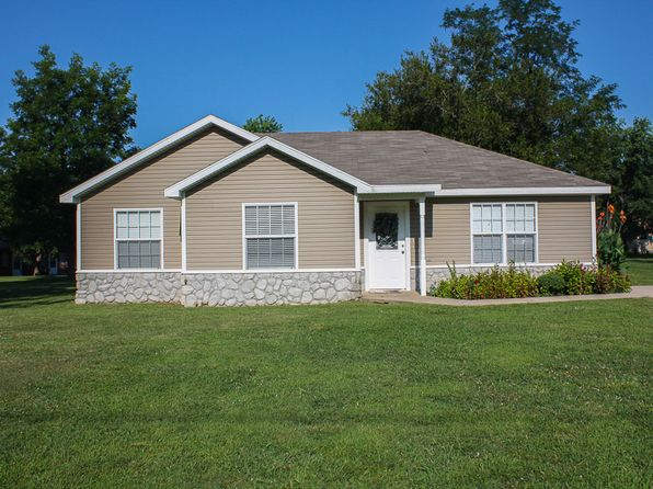 3 bed 1 bath Single Family at 110 N Cherokee St Grove, OK, 74344 is for sale at 120k - 1 of 29