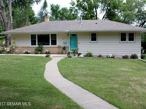 3 bed 3 bath Single Family at 1911 Twin Bluff Rd Red Wing, MN, 55066 is for sale at 165k - 1 of 13