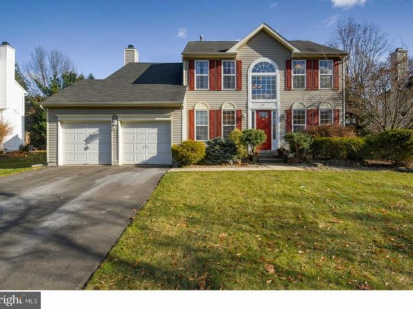 4 bed 4 bath Single Family at 10 Inverness Ln East Windsor, NJ, 08520 is for sale at 475k - 1 of 25