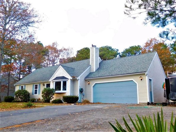 3 bed 2 bath Single Family at 24 Sewall Dr Mashpee, MA, 02649 is for sale at 325k - 1 of 18