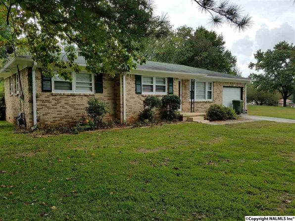 3 bed 1 bath Single Family at 3204 Dyas Dr NW Huntsville, AL, 35810 is for sale at 80k - 1 of 15