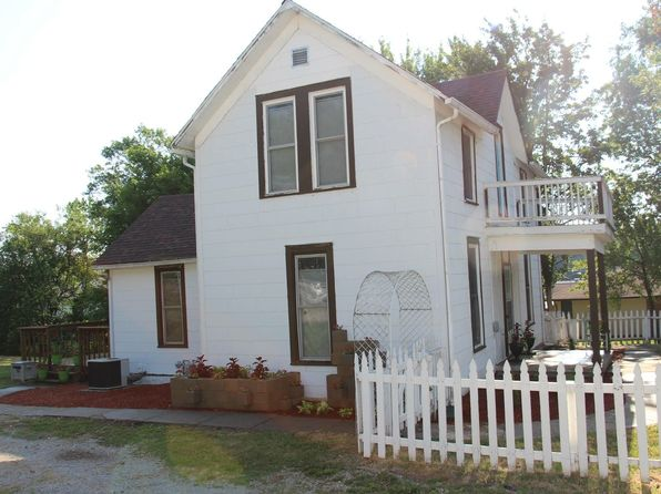 3 bed 1 bath Single Family at 509 E Prairie St Centerville, IA, 52544 is for sale at 42k - 1 of 40