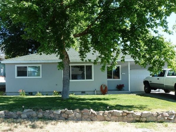3 bed 1 bath Single Family at 924 Pioneer St Yreka, CA, 96097 is for sale at 135k - 1 of 11