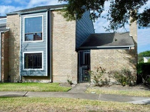 3 bed 3 bath Townhouse at 8551 Wilcrest Dr Houston, TX, 77099 is for sale at 106k - 1 of 14