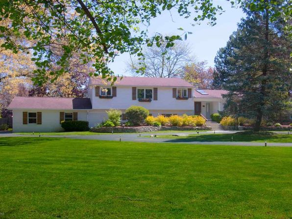 4 bed 3 bath Single Family at 2306 Eastways Rd Bloomfield Hills, MI, 48304 is for sale at 540k - 1 of 61