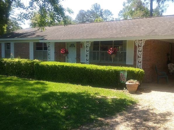 3 bed 2 bath Single Family at 1117 10th Ave Graceville, FL, 32440 is for sale at 99k - 1 of 7