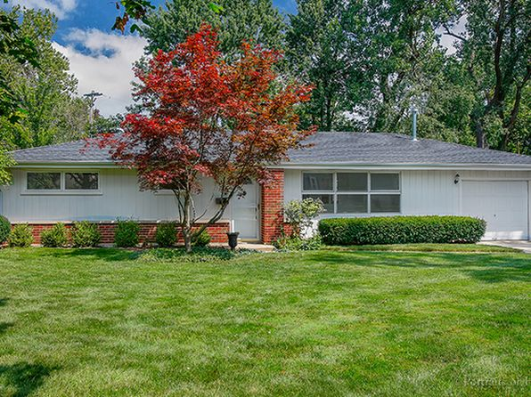 4 bed 2 bath Single Family at 311 E Cole Ave Wheaton, IL, 60187 is for sale at 300k - 1 of 18