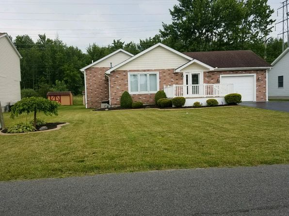 2 bed 2 bath Single Family at 2236 Lancelot Dr Niagara Falls, NY, 14304 is for sale at 175k - 1 of 24