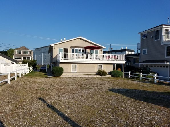 5 bed 4 bath Multi Family at 185 Kings Hwy Hampton, NH, 03842 is for sale at 1.10m - 1 of 9
