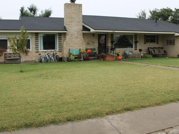 4 bed 2 bath Single Family at 1102 S Fordham St Perryton, TX, 79070 is for sale at 250k - 1 of 20