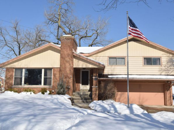 3 bed 3 bath Single Family at 8220 Brookside Pl Wauwatosa, WI, 53213 is for sale at 315k - 1 of 25