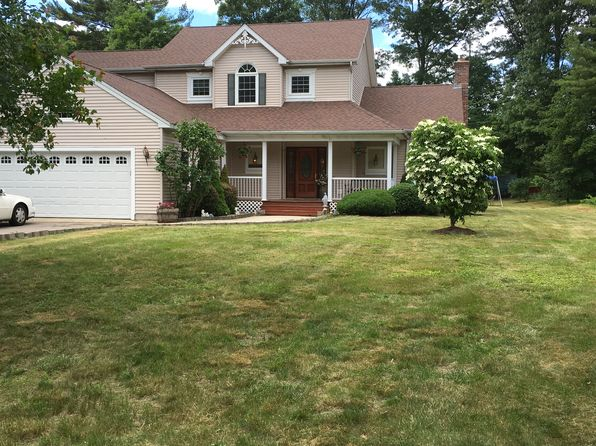 4 bed 3 bath Single Family at 61 Everett St Franklin, MA, 02038 is for sale at 619k - 1 of 47