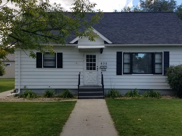 3 bed 2 bath Single Family at 635 Montana Ave SW Huron, SD, 57350 is for sale at 115k - 1 of 16