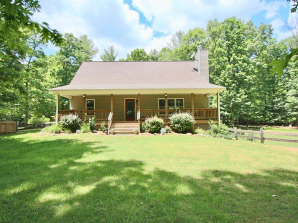 3 bed 2 bath Single Family at 401 Sand Plant Rd New Castle, VA, 24127 is for sale at 375k - 1 of 47