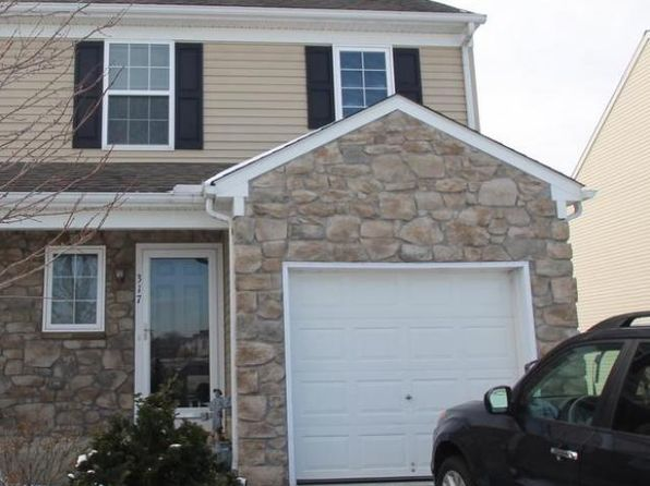 4 bed 2 bath Single Family at 317 Lakeside Xing Mount Joy, PA, 17552 is for sale at 193k - 1 of 27
