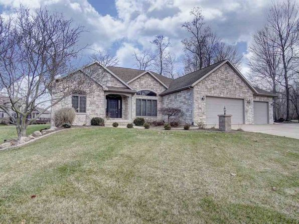 5 bed 4 bath Single Family at 2664 Harmony Ct Winona Lake, IN, 46590 is for sale at 338k - 1 of 33
