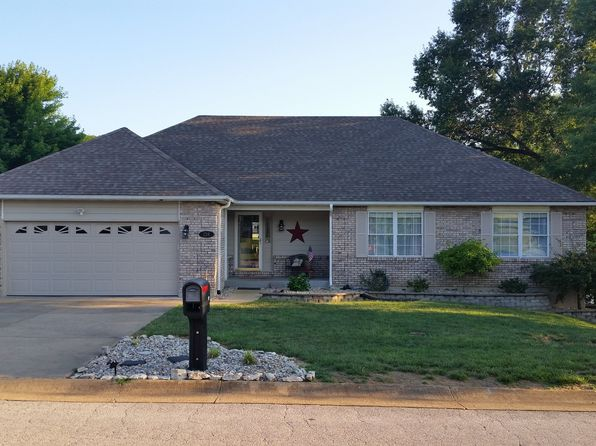 4 bed 3 bath Single Family at 138 Bridgewater Chase Ln Villa Ridge, MO, 63089 is for sale at 274k - 1 of 29