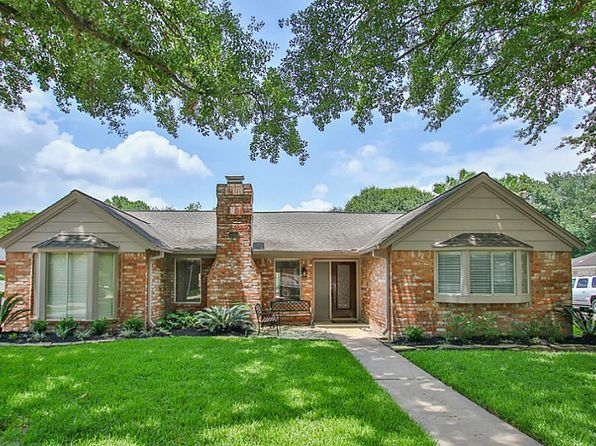 3 bed 3 bath Single Family at 15814 Singapore Ln Jersey Village, TX, 77040 is for sale at 300k - 1 of 31