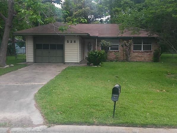 3 bed 2 bath Single Family at 528 Catalpa St Angleton, TX, 77515 is for sale at 85k - 1 of 10