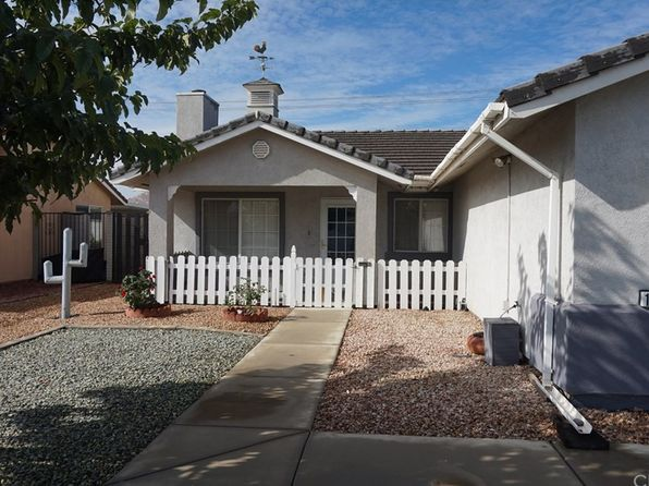 3 bed 2 bath Single Family at 1275 Auburn St Hemet, CA, 92545 is for sale at 245k - 1 of 9