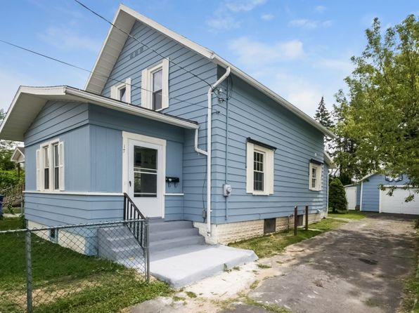 4 bed 1 bath Single Family at 17 Pequot St Springfield, MA, 01151 is for sale at 120k - 1 of 29