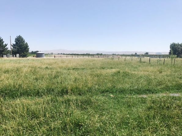 null bed null bath Vacant Land at 1821 Pioneer Ave Emmett, ID, 83617 is for sale at 75k - 1 of 11