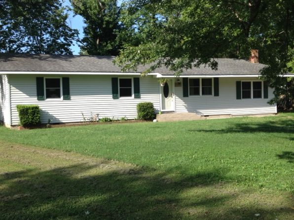 3 bed 2 bath Single Family at 1434 Maple Ln Seneca, MO, 64865 is for sale at 97k - 1 of 12