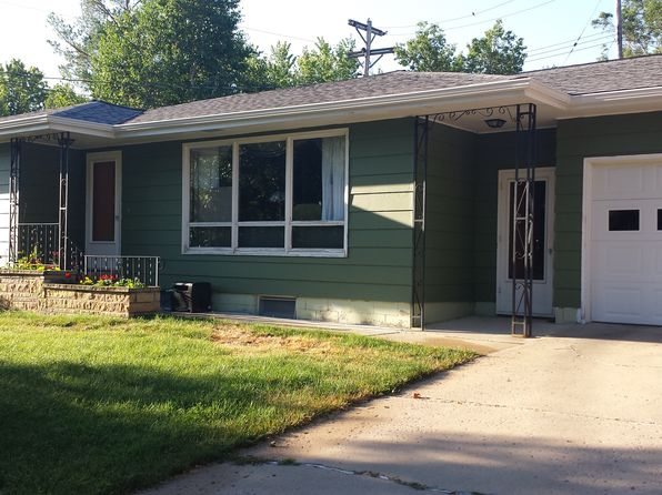 4 bed 2 bath Single Family at 903 W Birch Ave Mitchell, SD, 57301 is for sale at 195k - 1 of 2