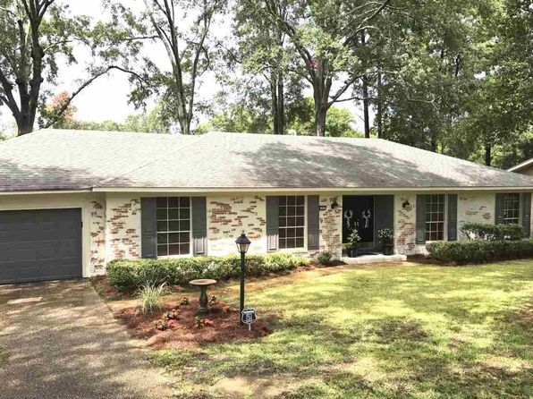 3 bed 2 bath Single Family at 1432 Belle Glade St Jackson, MS, 39211 is for sale at 189k - 1 of 21