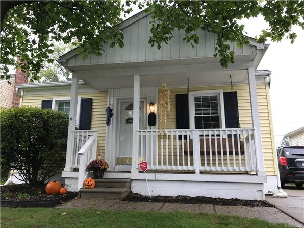 3 bed 2 bath Single Family at 1294 West Blvd Berkley, MI, 48072 is for sale at 190k - google static map