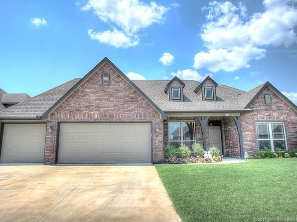 4 bed 3 bath Single Family at 8926 N 143rd East Ave Owasso, OK, 74055 is for sale at 265k - 1 of 26