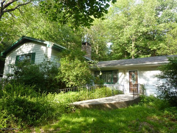 5 bed 4 bath Single Family at 3157 Hemlock Hill Rd Pocono Pines, PA, 18350 is for sale at 160k - 1 of 37