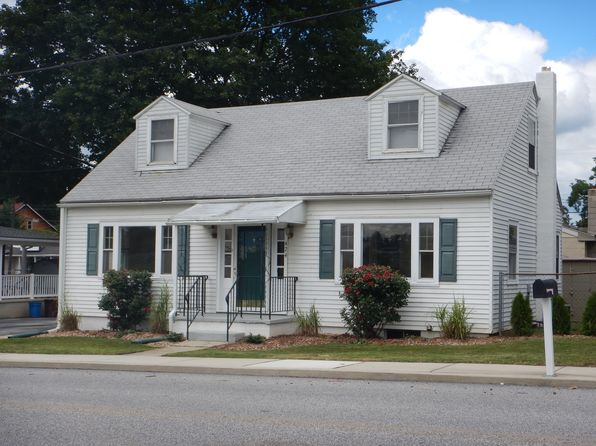 4 bed 1 bath Single Family at 424 E Main St Hummelstown, PA, 17036 is for sale at 130k - 1 of 25