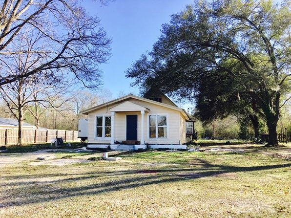 3 bed 1 bath Single Family at 582 Rock Ranch Rd Carriere, MS, 39426 is for sale at 30k - 1 of 5