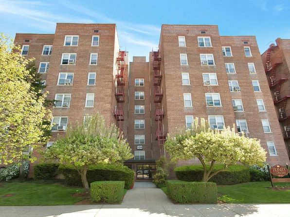 1 bed 1 bath Cooperative at 126 Church St New Rochelle, NY, 10805 is for sale at 119k - 1 of 15