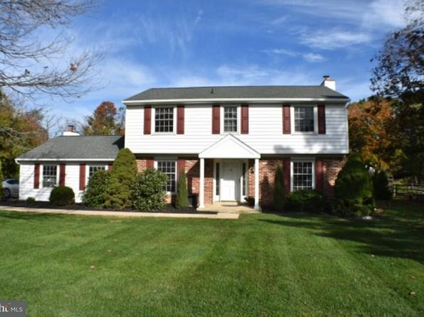 4 bed 3 bath Single Family at 503 Woodview Dr Exton, PA, 19341 is for sale at 430k - 1 of 25