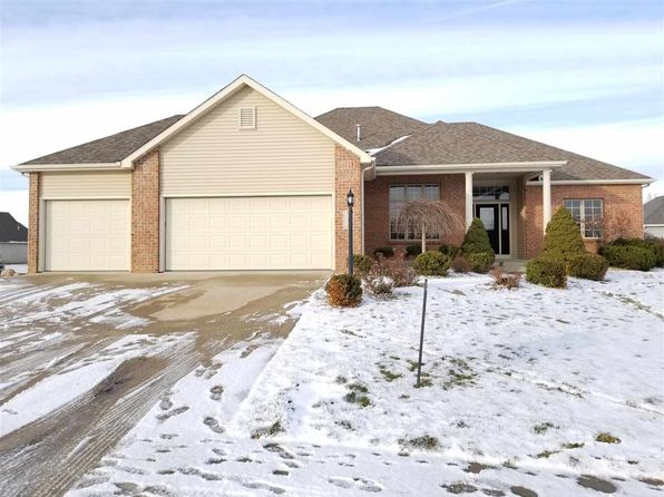 4 bed 3 bath Single Family at 11308 BLUE SEDGE CT ROANOKE, IN, 46783 is for sale at 319k - 1 of 36