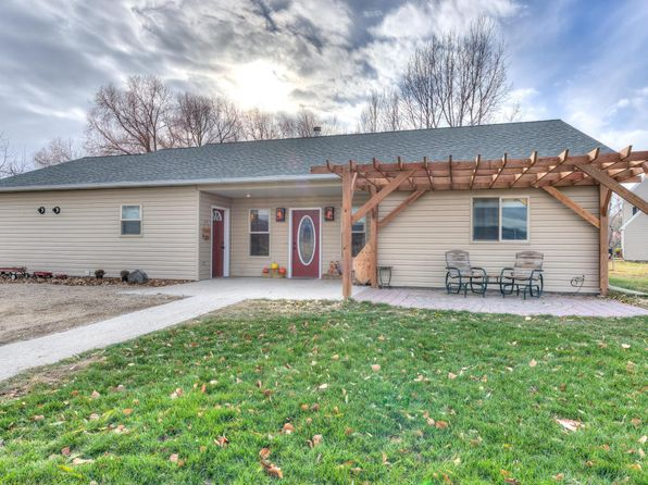 4 bed 3 bath Single Family at 694 Applewood Ln Stevensville, MT, 59870 is for sale at 290k - 1 of 40