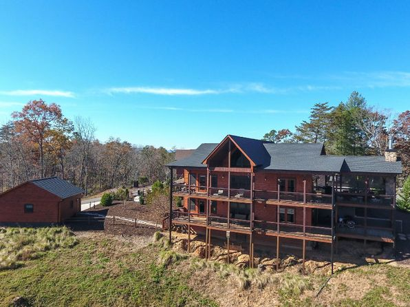 hispanic singles in mineral bluff View 36 photos of this 3 bed, 3 bath, 2,256 sq ft single family home at 338 twin springs rd, mineral bluff, ga 30559 on sale now for $219,000.