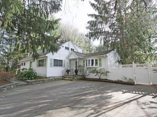 4 bed 3 bath Single Family at 336 Concord Rd Bedford, MA, 01730 is for sale at 699k - 1 of 30